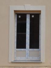 Encadrement en relief sur une façade à montataire 60