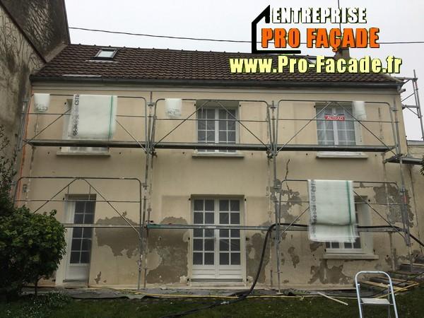 Chantier de Rénovation façade sur Mareil en France 95850 Avant