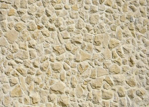 rejointement façade en pierre finition brossé couleur pierre claire a base de chaux aérienne et sable fin
