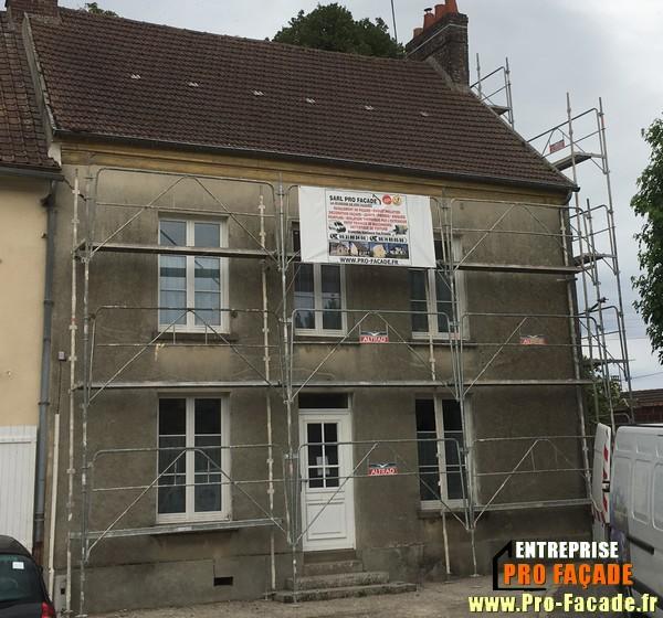 Chantier de Rénovation façade sur Baron 60300 Avant